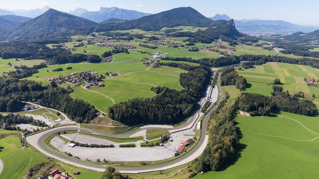BMW B2 Salzburgring Bremsung in Kurve Instruktor