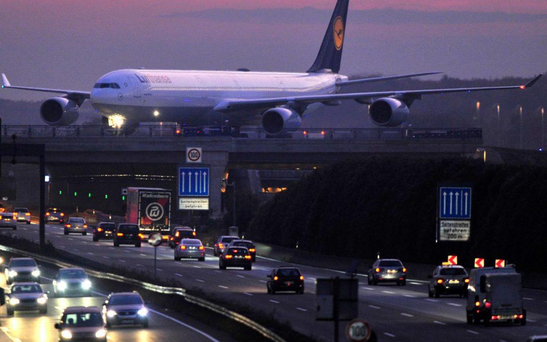 Warum werden PKW mehr getestet als Flugzeuge?
